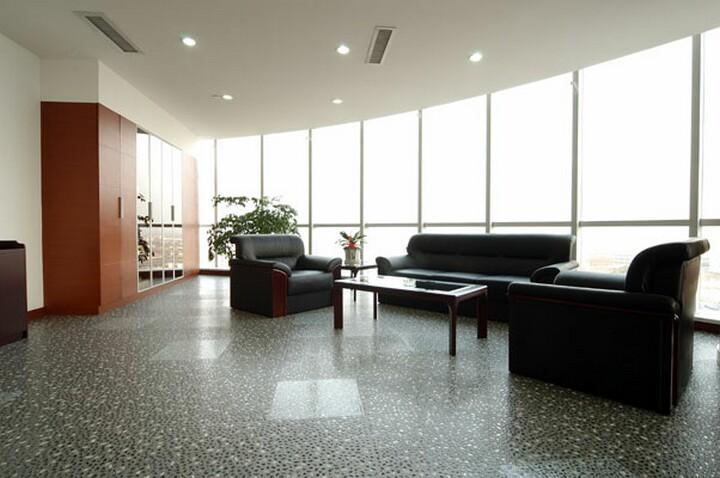 写字间 青岛塑胶地板 烟台塑胶地板 威海塑胶地板 LG塑胶地板 韩华图片